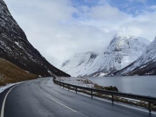 De Flam ao Geirangerfjord, via Hornindal