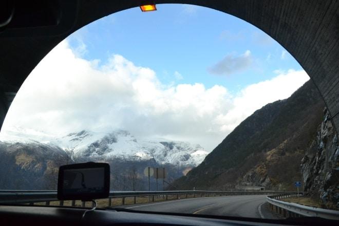eidfjord-road-tunnel-1
