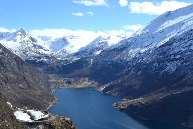 geirangerfjord-from-rv63-Trollstigen-ornesvingen-2