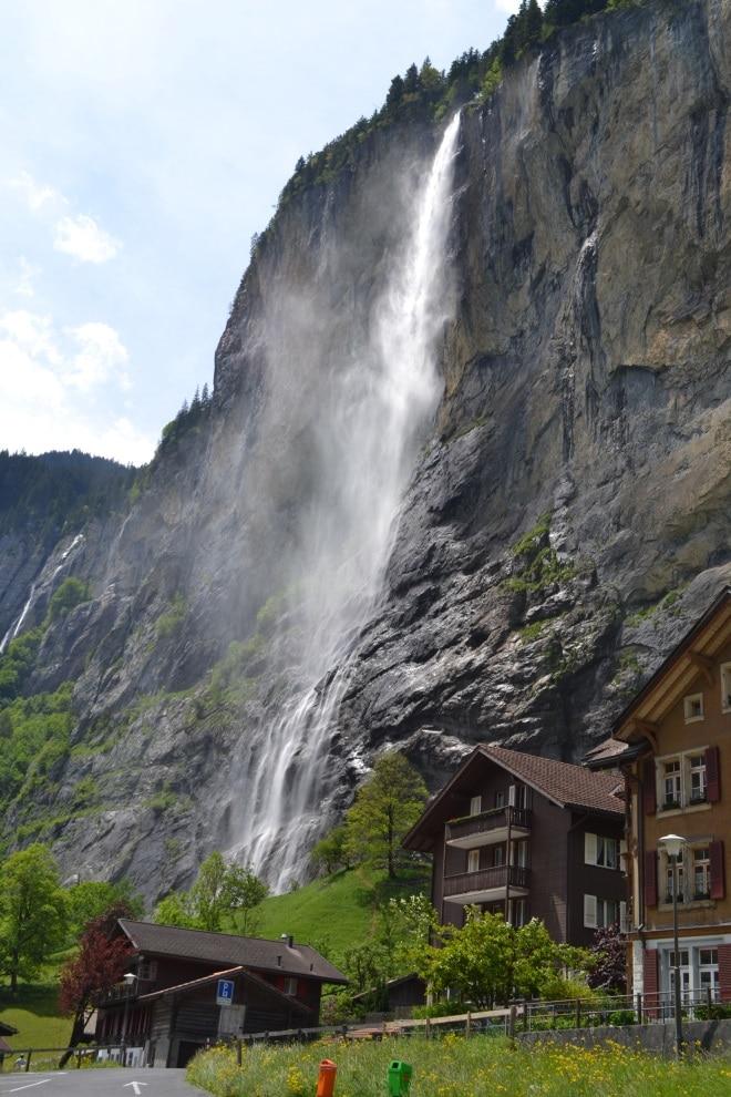 Staubbachfalls, vista de Lauterbrunnen