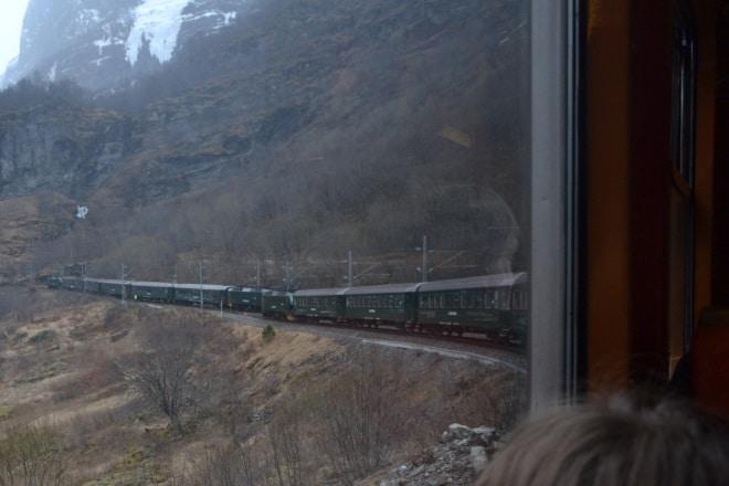 flam-railway-going-up