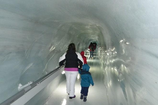 jungfraujoch-ice-palace-1