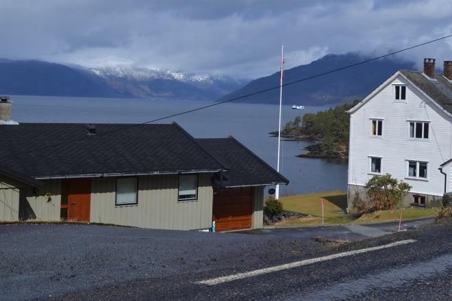 hardangerfjord-road-3