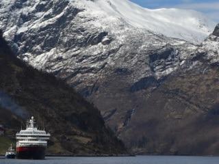 Navegando pelo Geirangerfjord