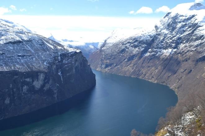 geirangerfjord-from-rv63-Trollstigen-ornesvingen-3