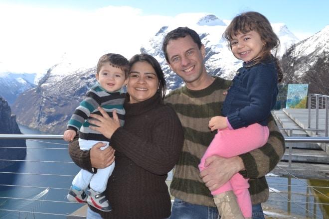 geirangerfjord-from-rv63-Trollstigen-ornesvingen-family-with-kids