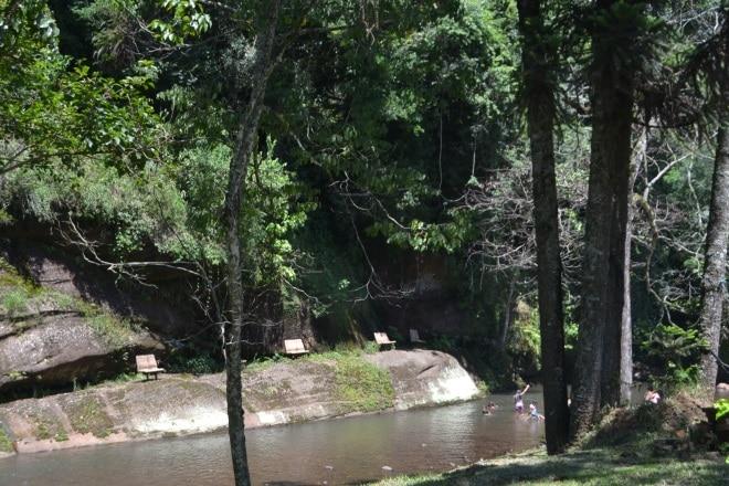 gramado-rs115-bloqueada-estrada-do-quilombo-3