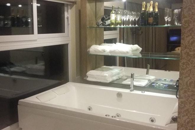 Hotel Villa Bella Gramado banheira
